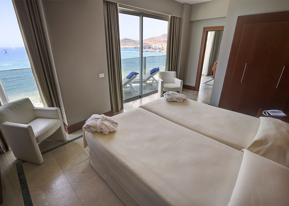 Junior suite sea view with Free Spa-4