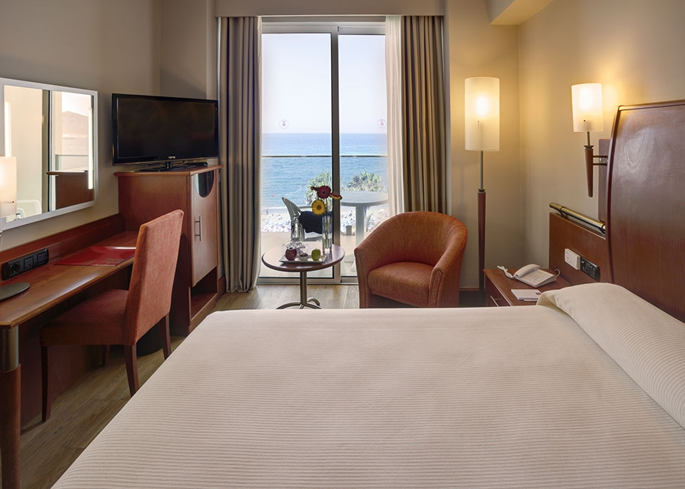 Sea View Single Room with Free Spa-2